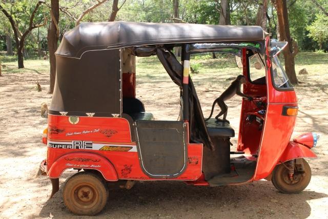 三輪タクシー