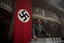 ヒトラー13分の誤算