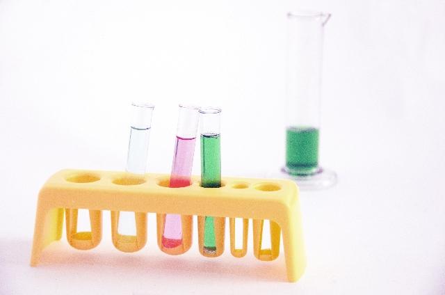 エチレンって何もの?初めて知る化学業界